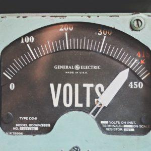 gray GE volt meter at 414